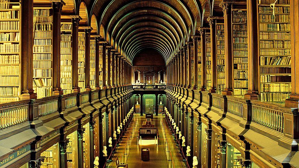 کتابخانه کالج دانشگاه دوبلین